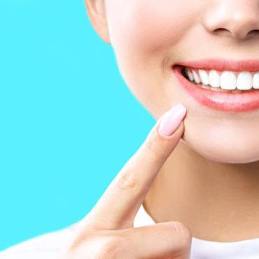 4 Ways to Maintain a Healthy Smile